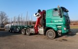 Odvozní souprava nám pomůže s odvozem dřeva