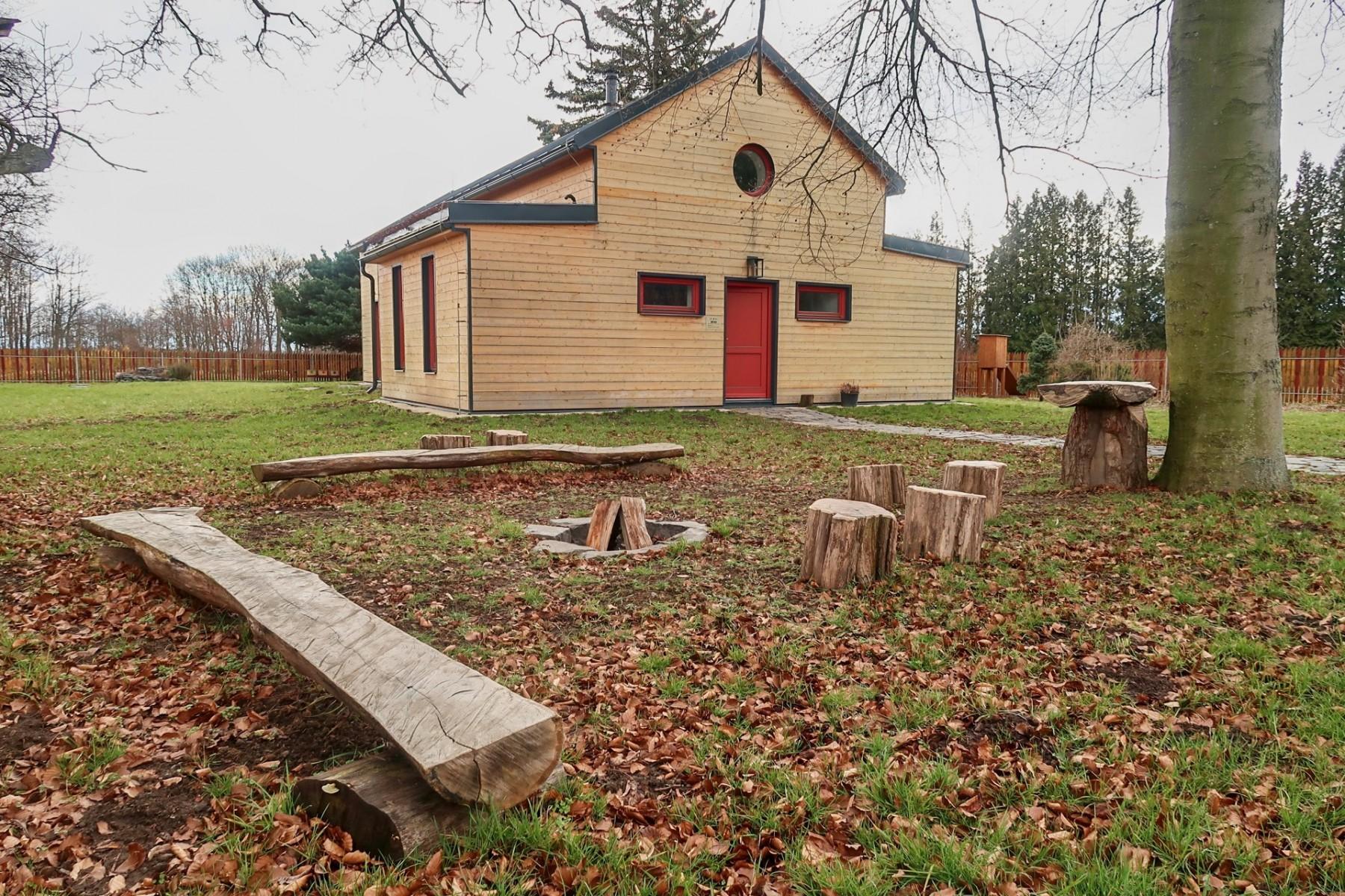 Dřevák - zahrada - venkovní ohniště
